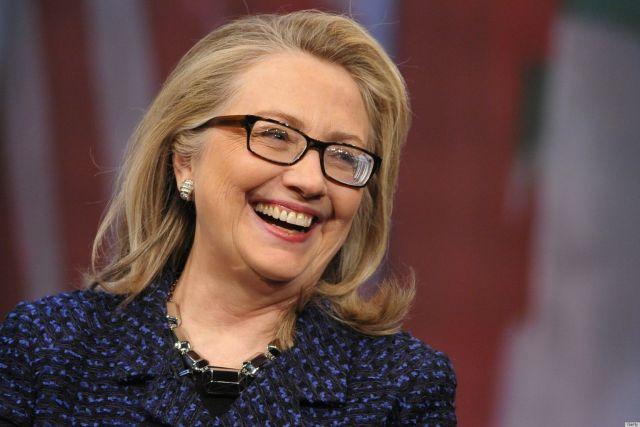 राष्ट्रपति पद के लिए क्लिंटन है युवाओं की पहली पसंद