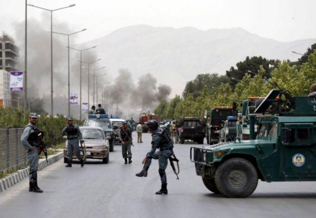 भारतीय दूतावास पर हमले जारी, भारतीय मिशन के कर्मी सुरक्षित