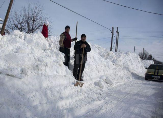 रोमानिया में जमकर हिमपात, -18 डिग्री तक लुढ़क सकता है पारा