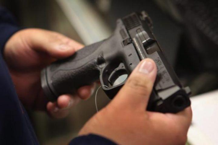 सोशल साइट्स ने लगाई रोक, अब नहीं बिक पायेंगीं बन्दूकें
