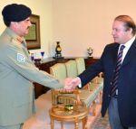मोदी की विदेश नीति से बौखलाया पाकिस्तान, सेना ने बुलाई बैठक