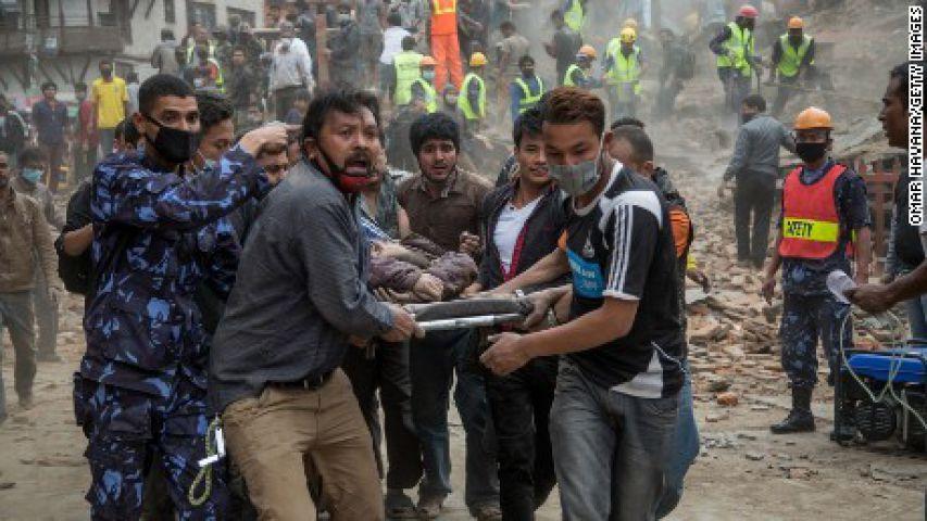नेपाल : मृतकों की संख्या 6000 पार, 15000 तक पहुँच सकता है आंकड़ा