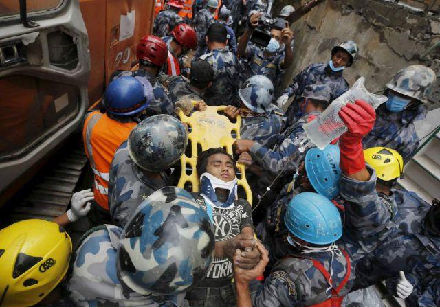 भूकम्प मृतकों की संख्या 6624 हुई