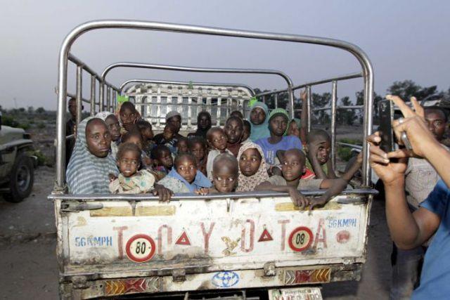 बोको हराम से 300 लड़कियां और महिलाये आजाद