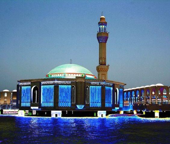 मदीना में गैर मुसलमानों के प्रवेश को मिली मंजूरी