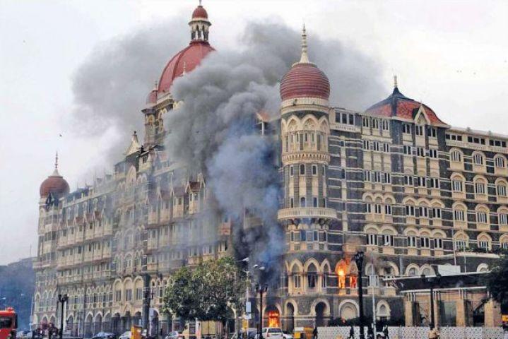 मुंबई हमले के गवाहों और बोट को कोर्ट में पेश किया जाएः पाक एंटी टेररिज्म कोर्ट
