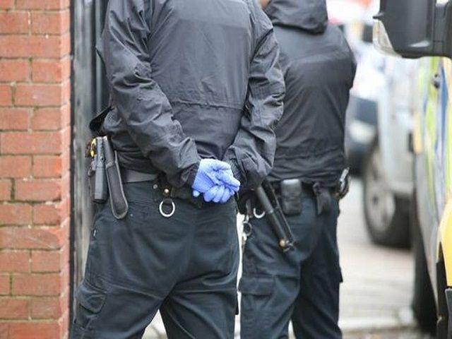 ब्रिटेन में हुई आतंकवाद संबंधी मामलो में रिकॉर्ड तोड़ गिरफ्तारी