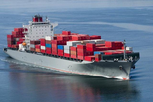 8 महीने से जहाज पर फंसे हैं 17 भारतीय नाविक