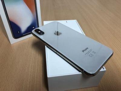 Apple ने लॉन्च किया छोटी डिस्प्ले का स्मार्टफोन, iPhone की सेल में आई गिरावट