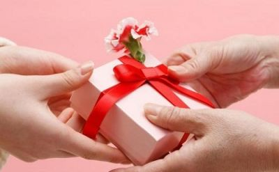On this Raksha Bandhan, give your sister these special gifts