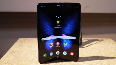 Samsung's CEO gets embarrassed at the launch of Galaxy Fold