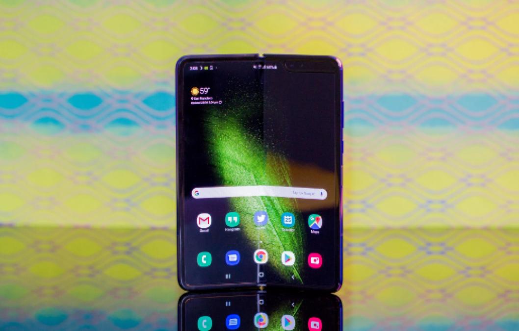 Samsung Galaxy Fold : टेस्ट में हासिल की सफलता, जल्द बाजार में आएगा नजर