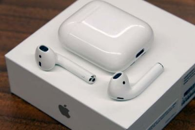 This boy made Apple AirPods by using just 300Rs