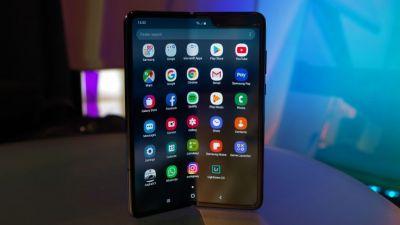 फिर Samsung Galaxy Fold स्मार्टफोन प्री बुकिंग में सोल्ड आउट, जाने