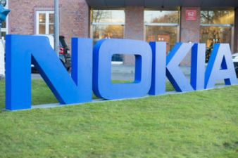 You have a chance to buy this stylish smartphone of Nokia for just Rs 2999!