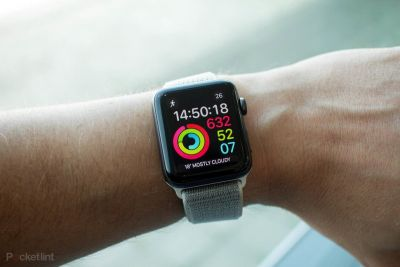 Apple Watch saved lives, sent alert to father after accident