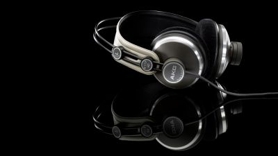 Get these headphones with amazing features just within Rs.1000