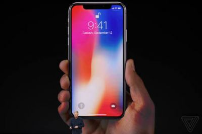 The price of Apple iPhone X is expected to be more than 1 lakh