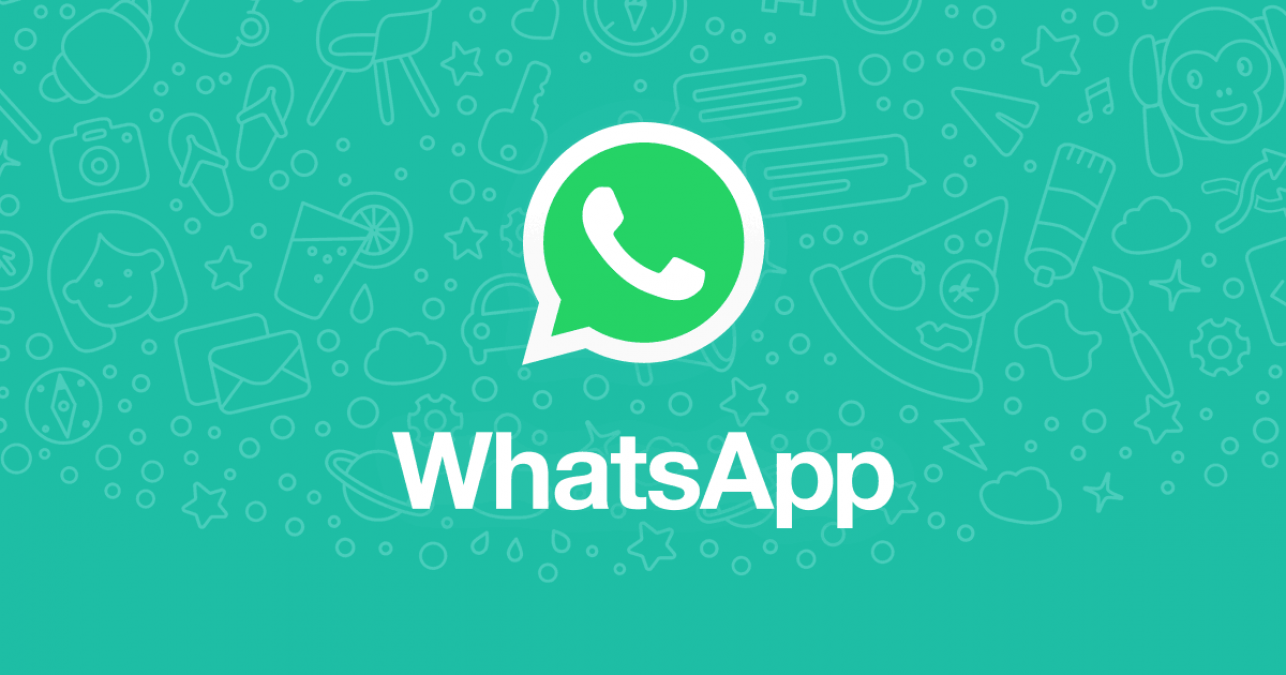 WhatsApp's big gift to iPhone users, will able to do this thing by using facial emojis