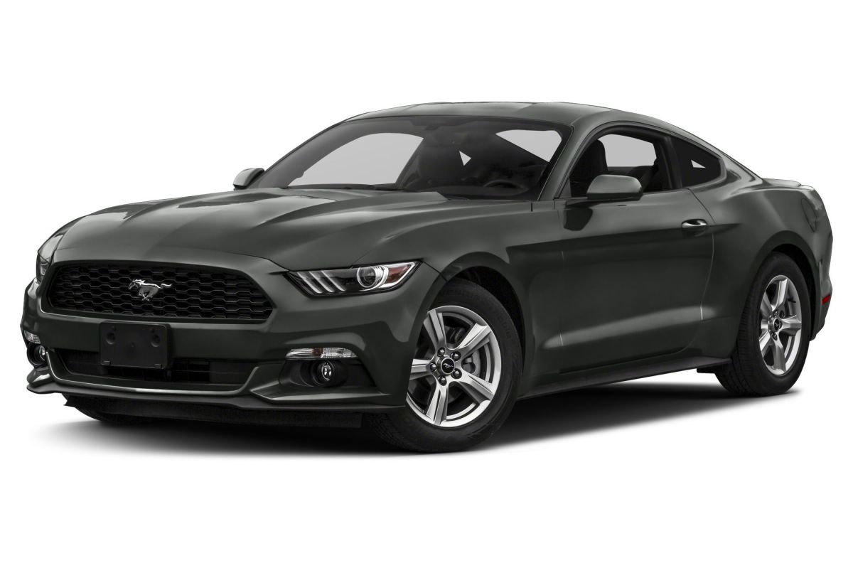 luxury vehicle Ford Mustang crashed in accident