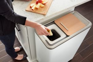 Turn your food scrap into organic fertilizer: Zera
