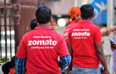 Zomato will pay delivery partners more Because of Hike in Fuel Prices