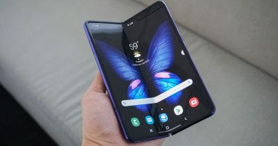 Samsung removed the Galaxy Fold screen problems