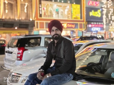 Balwinder Singh Inspires Millenials With His Hardwork And Success In The Digital World