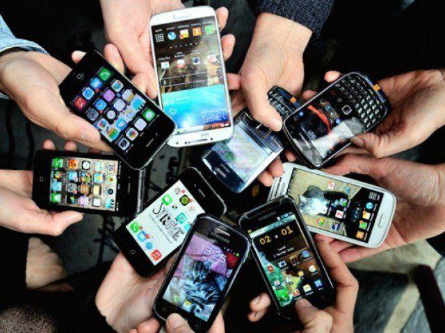2016 में बिग स्क्रीन स्मार्टफोन की बढ़ेगी डिमांड