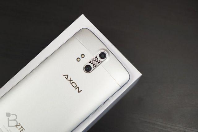20MP रियर कैमरा और 64GB इंटरनल मेमोरी के साथ लॉच हुआ ZTE Axon 7