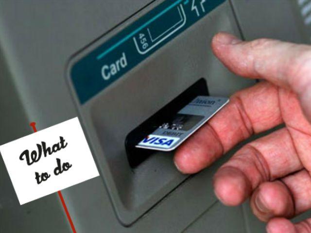 ATM कार्ड मशीन में फंस जाए, तो अपनाएं ये उपाय