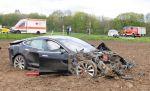 Tesla test model 'S' crashed !