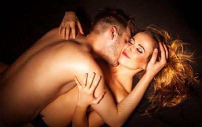प्रेगनेंसी में भी ले सकते हैं सेक्स का मज़ा, अपनाएं ये पोजीशन