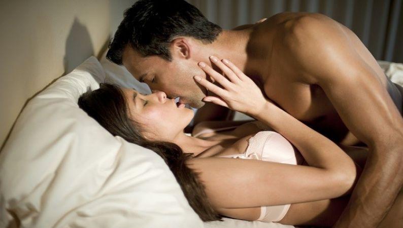 ये होती है महिलाओं की फेवरेट सेक्स पोजीशन