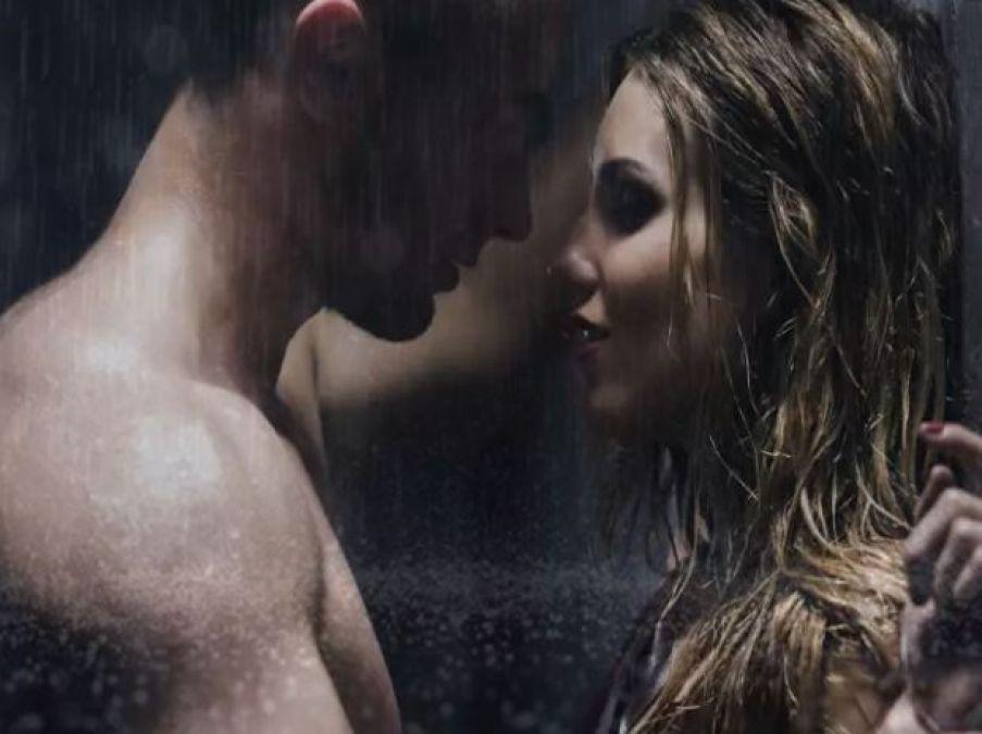 Rainy Season Boosts Sex pleasure, enjoy fun in this way!