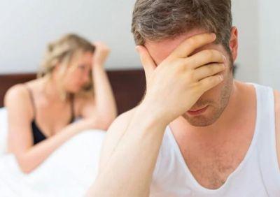 इन कारणों से पुरुष नहीं कर पाते बैड पर सेक्स परफॉर्म