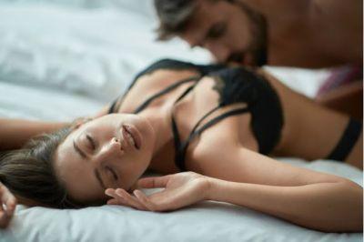 सेक्स में एक्सपेरिमेंट के दौरान पुरुष अक्सर करते हैं ये गलतियां