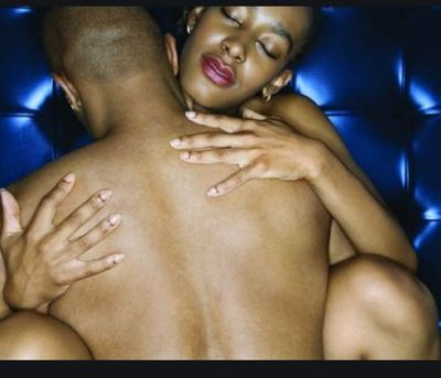 Men become uncontrollable if woman touch these organs, love these positions