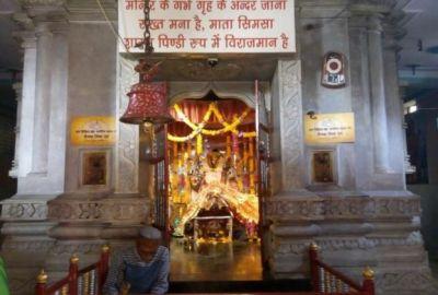 इस मंदिर में सोने से महिलाओं के साथ होता है ये चमत्कार