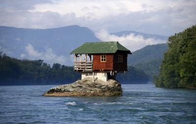 This house is made of volcanic ash, know interesting facts