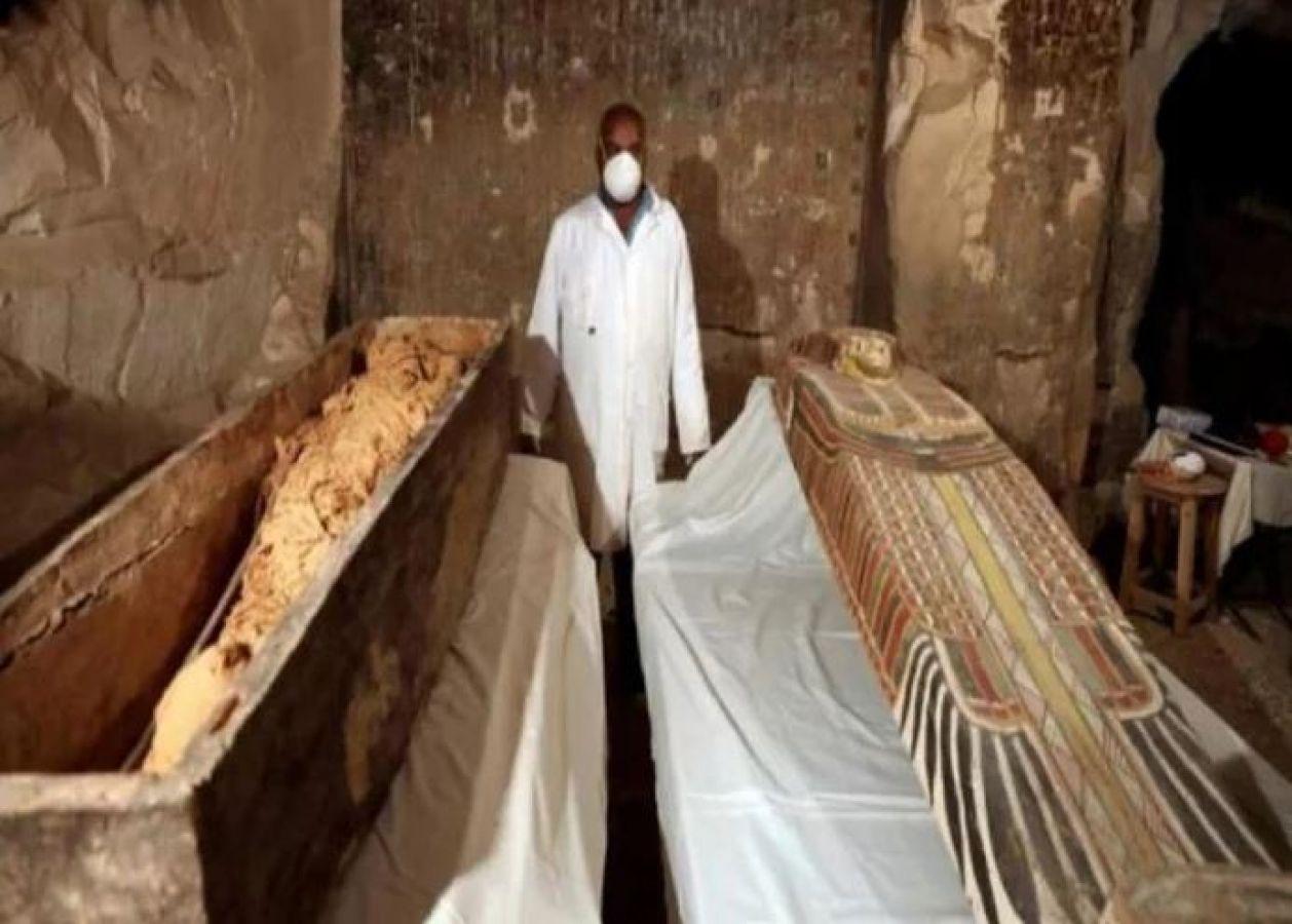 सोने में लिपटी मिली 3 हजार साल पुरानी ममी, देखकर उड़ जाएगी रातों की नींदें