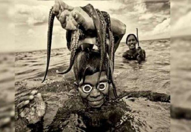 इंसानों की एक ऐसी प्रजाति जो मछली बनकर रहती है पानी में