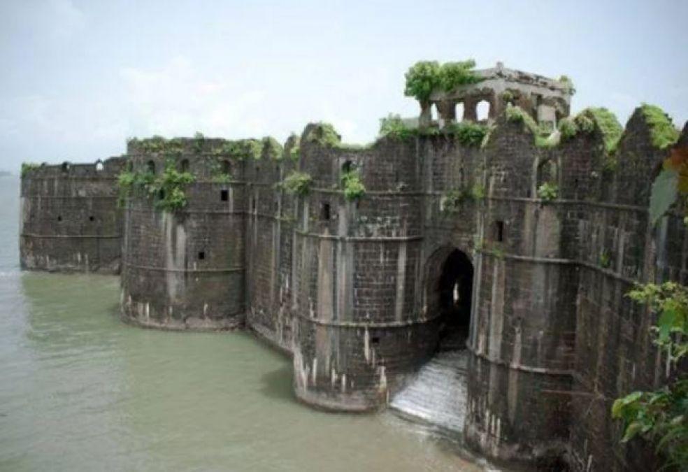 Murud-Janjira Fort: An Undefeated Fort in Maharashtra