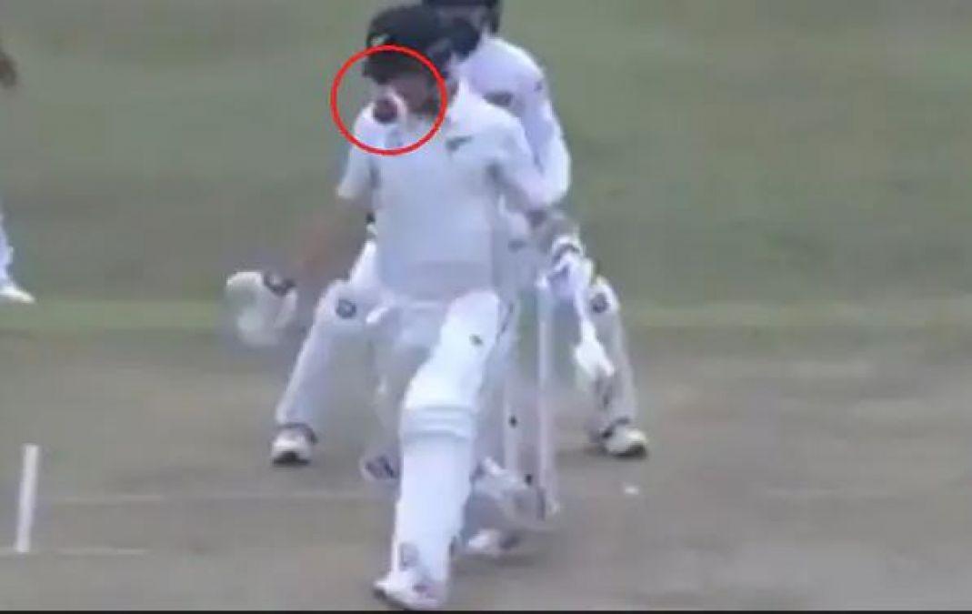 VIDEO : न्यूजीलैंड के इस क्रिकेटर के हेलमेट में जा घुसी गेंद, पकड़ने के लिए दौड़ पड़े श्रीलंका के खिलाड़ी