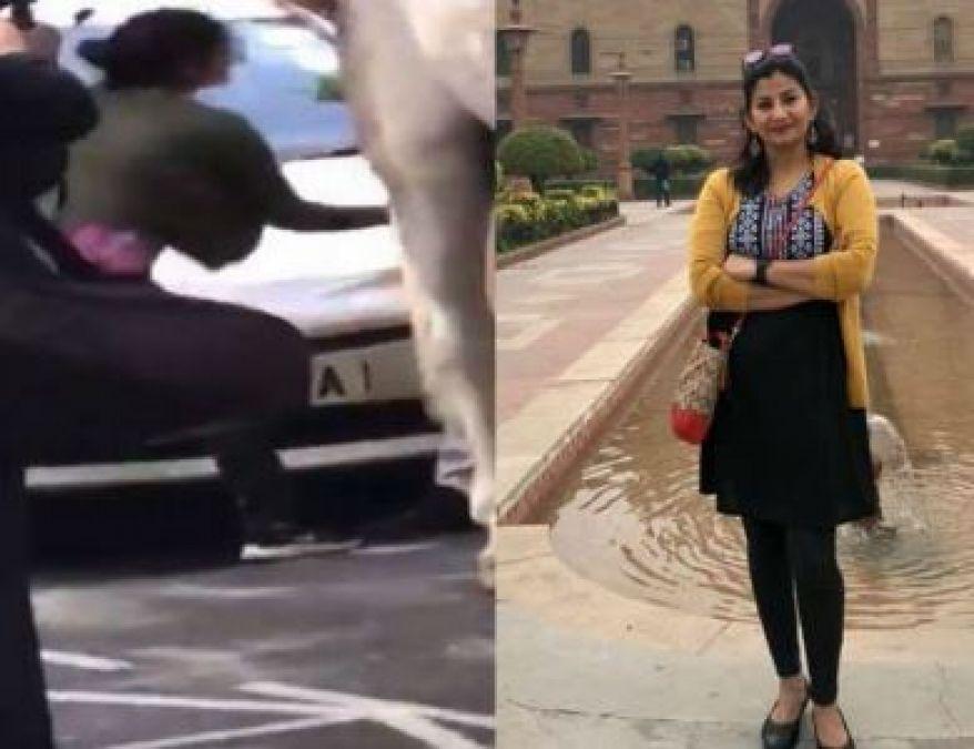 विदेश में कर रहे थे लोग तिरंगे का अपमान, भारतीय महिला पत्रकार ने सिखाया सबक