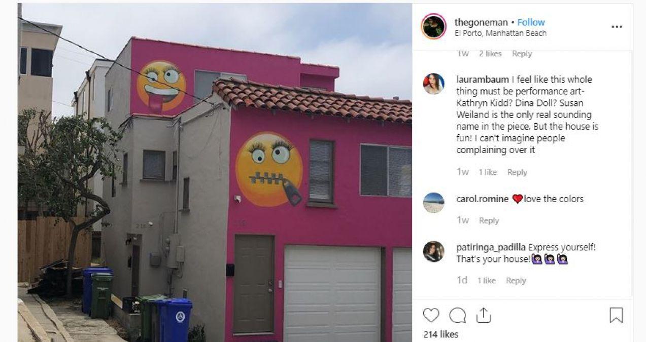 महिला ने घर की दीवारों पर बनवाई इमोजी, पड़ोसन बोलीं- मुझे चिढ़ाने के लिए