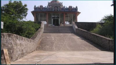 This temple blesses couples with child