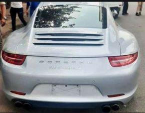 Porsche car fined for challan of 9 lakh rupees