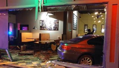 ये है दुनिया का एकमात्र 'अनलकी' रेस्टोरेंट', यहाँ शिशा तोड़कर अंदर पार्क होती है गाड़ियां