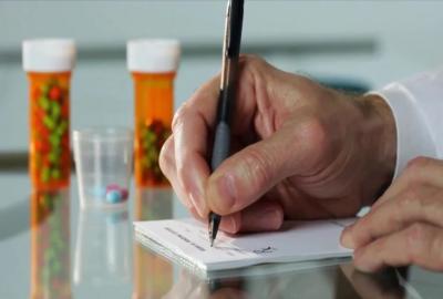 डॉक्टर के पर्चे पर लिखे हुए 'सीक्रेट कोड' का ये होता है मतलब